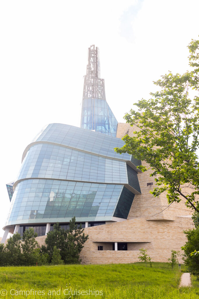 canadian museum of human rights in winnipeg manitoba