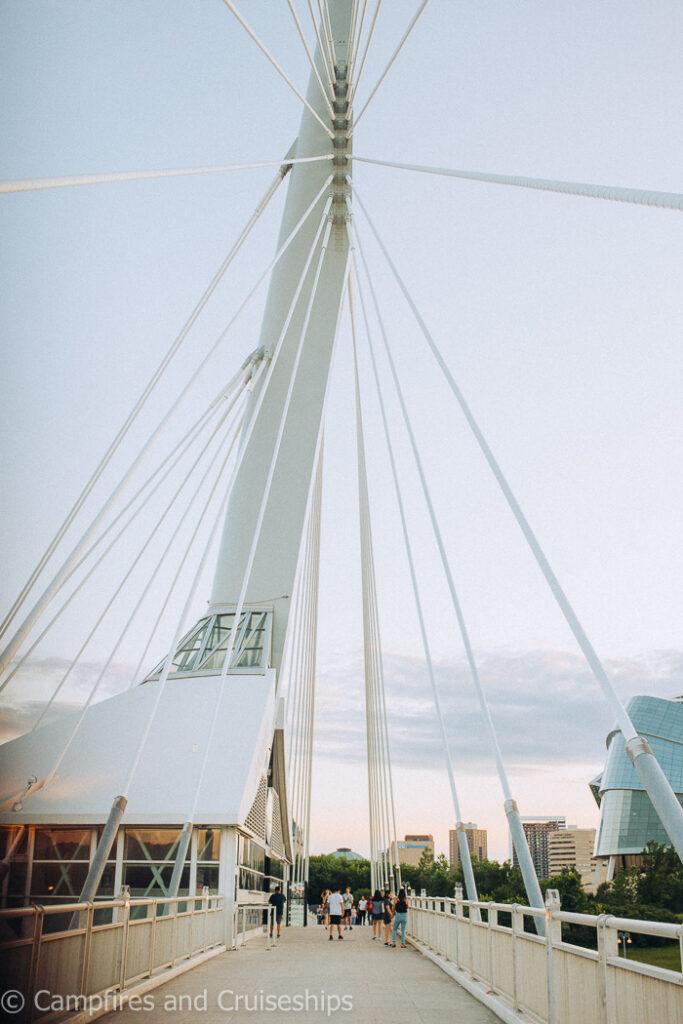 esplanade riel bridge in winnipeg manitoba